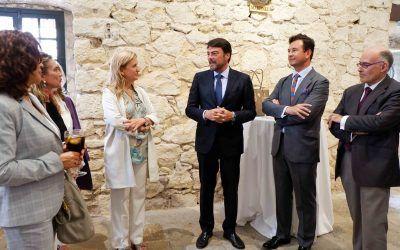 EL CEO y socio de Dictum, Vicente García Gil, coordinador del ECO provincial, organiza la visita de Alastria a Alicante