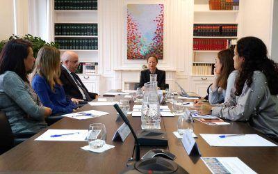 Pilar López Barrau aborda un caso práctico de competencia desleal en el Seminario Dictum